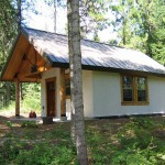 This sweet cottage was built by the owner, Gene Gosse.  He created a website to share his building experience and details.  You can visit site by clicking here.
