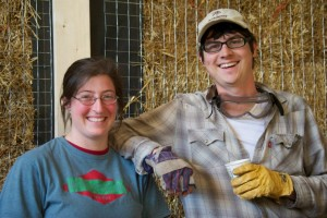 straw bale workshop participants
