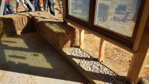 straw bale wall toe ups