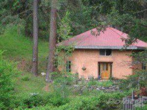 octagonal straw bale house