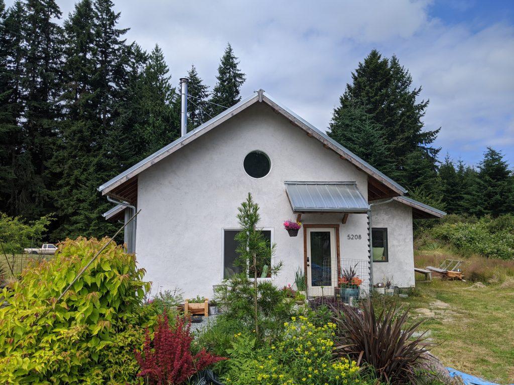 Applegate Cottage Entry