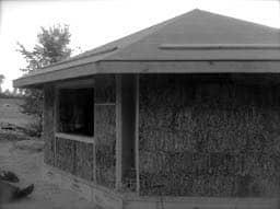 Octagonal Corner straw bale house