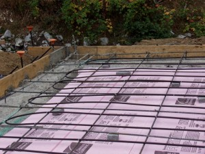 radiant floor tubing before concrete is poured