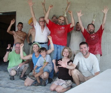 Tennessee straw bale workshop group photo